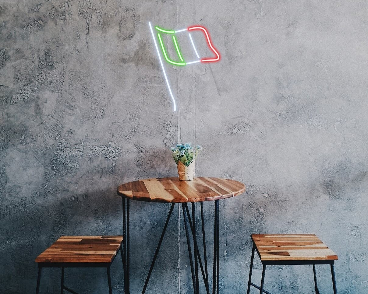 italy flag neon sign