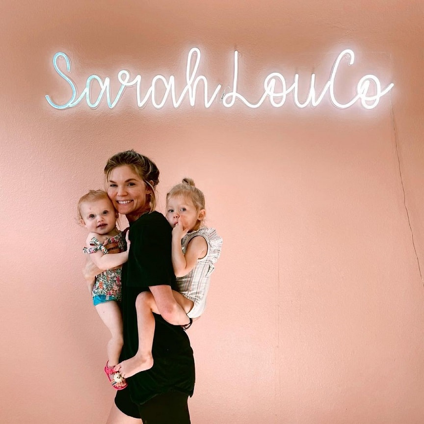 sarahlouco neon sign